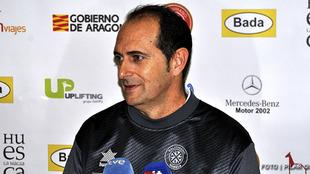 El técnico José Nolasco durante una rueda de prensa