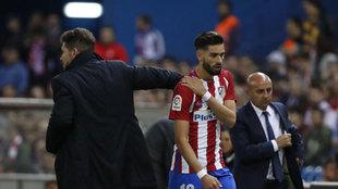 Carrasco se retiró lesionado a los pocos minutos de entrar