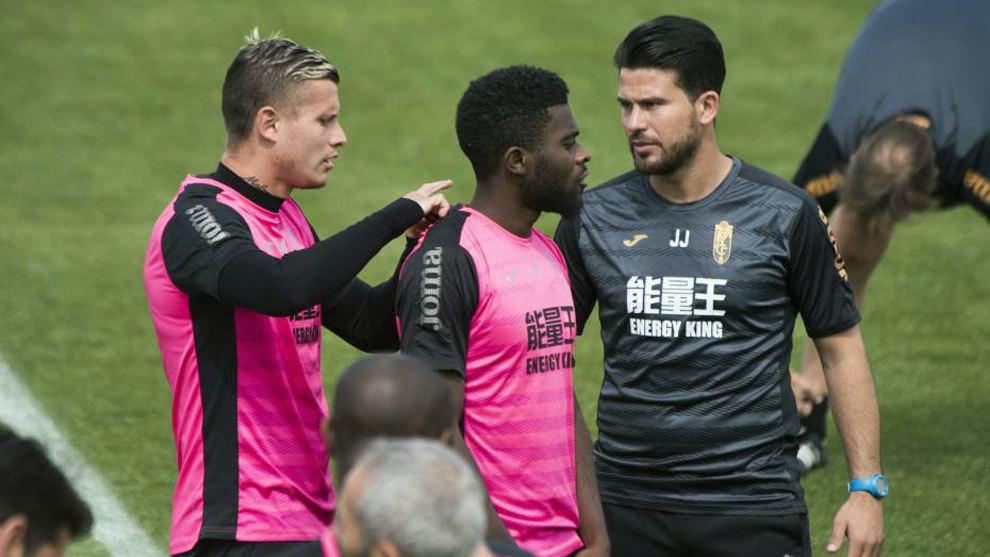 Héctor y Tabanou se lesionan y son duda ante la Real Sociedad