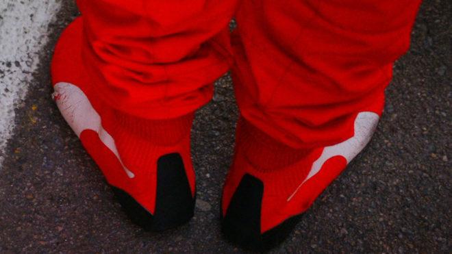 Vettel cambia sus botas por unos revolucionarios calcetines Puma
