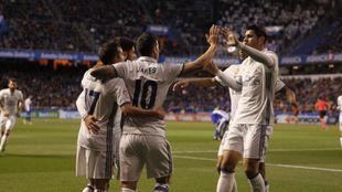 James, Morata, Lucas Vázquez y Asensio celebran unos de los goles del...