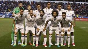 El once del Real Madrid en Riazor.