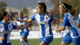 Eli del Estal celebra un gol esta temporada.