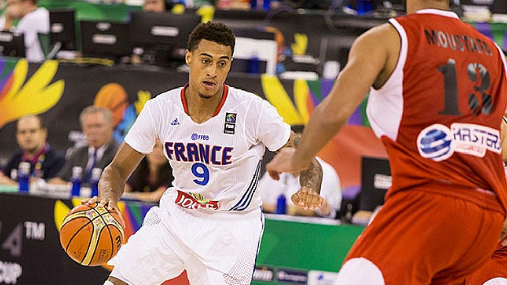 Edwin Jackson jugando con la selección francesa