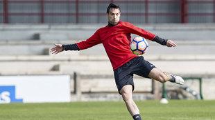 Javier Flaño durante un entrenamiento con el Osasuna