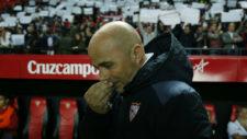 Jorge Sampaoli (57), antes de comenzar el encuentro de LaLiga en el...