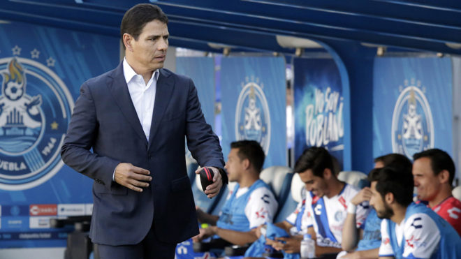Sosa, a su llegada al estadio Cuauhtémoc.