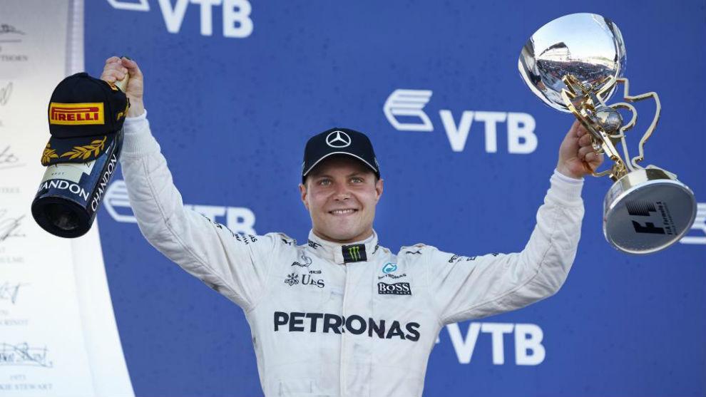 Valtteri Bottas celebrando su victoria