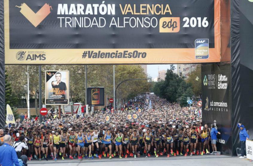 Salida del Maratón de Valencia Trinidad Alfonso EDP 2106