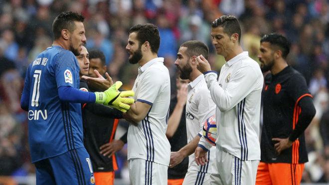 Lance del último Real Madrid-Valencia de LaLiga