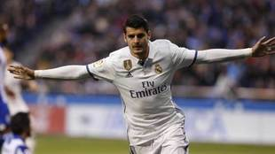 Morata celebra uno de los goles que ha marcado con el Real Madrid