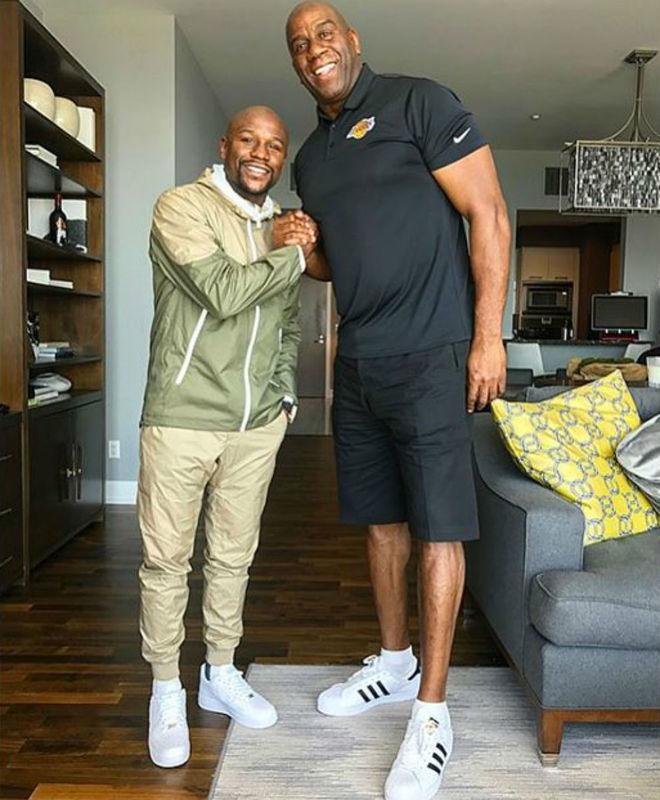 Floyd Mayweather se ofrece para comprar un equipo de la NBA