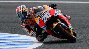 Dani Pedrosa pilota su Honda en el Circuito de Jerez.