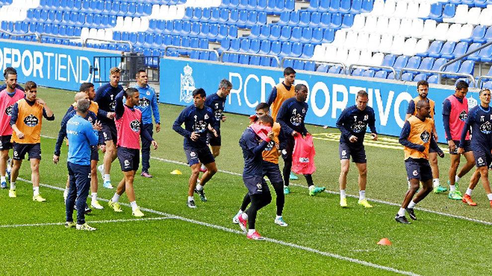 El Deportivo De La Coruña baja a segunda division
