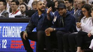 Drake durante el tercer partido entre Cavaliers y Raptors