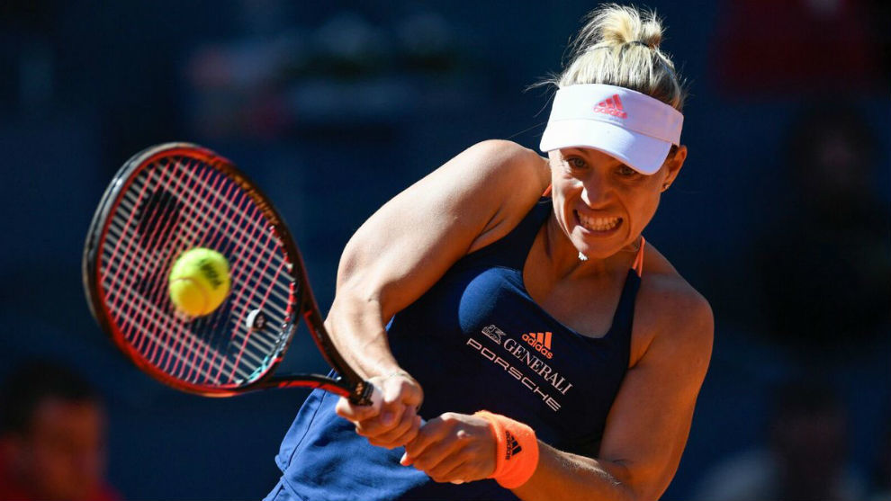 Angelique Kerber durante su partido ante Timea Babos en Madrid.