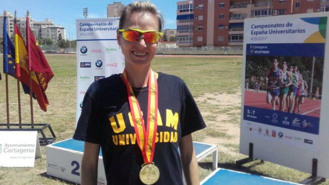 Teresa Urbina, con su oro.