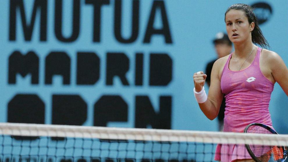 Lara Arruabarrena celebra un punto en Madrid.