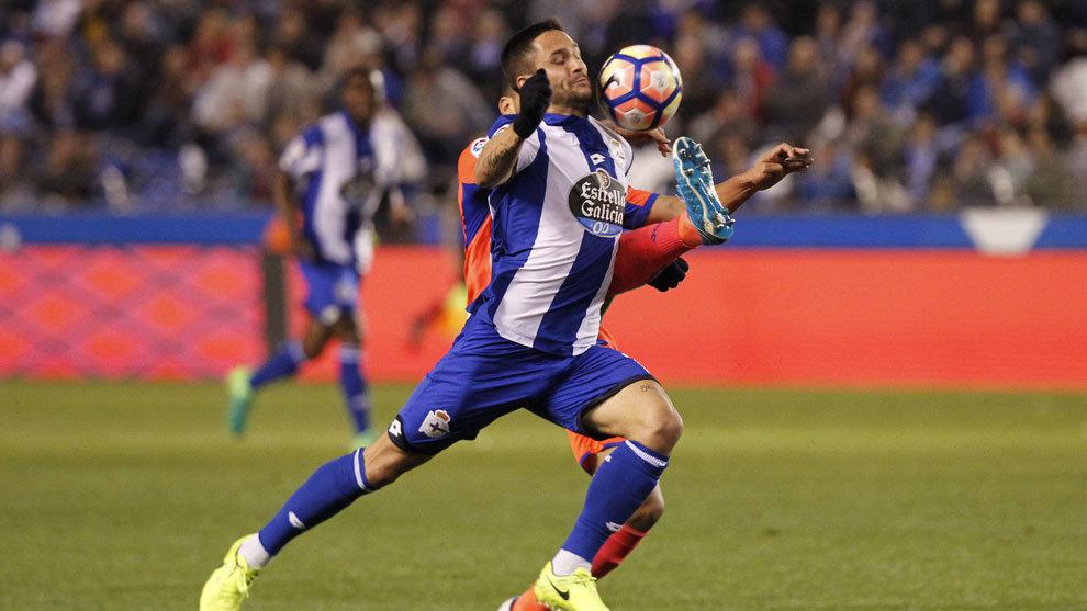 Andone durante un partido de Liga frente al Granada