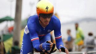 Julian Alaphilippe defendiendo los colores de Francia en los Juegos de...