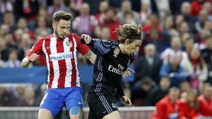 Modric y Saúl, en el Calderón.