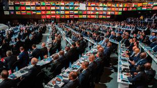 Miembros de la FIFA en el 67º Congreso en Bahréin.