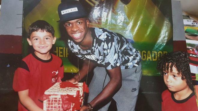Resultado de imagen para vinicius jr en la favela