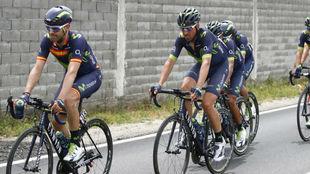 El Movistar Team durante la etapa.