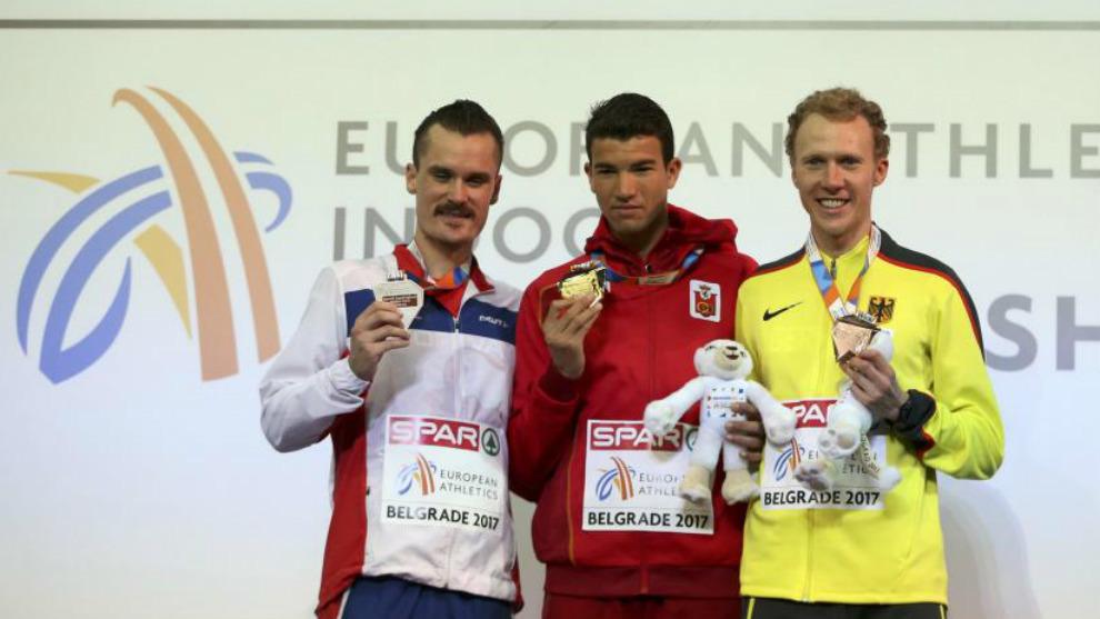 Mechaal, en el podio de los 3.000 metros del pasado Europeo en pista...