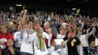 Aficionados del Madrid en la final de Mil�n.