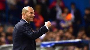 Zidane celebrando el pase a la final de Cardiff