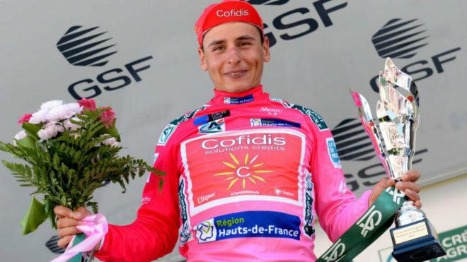 Clement Venturini en el podio como ganador final de la prueba.