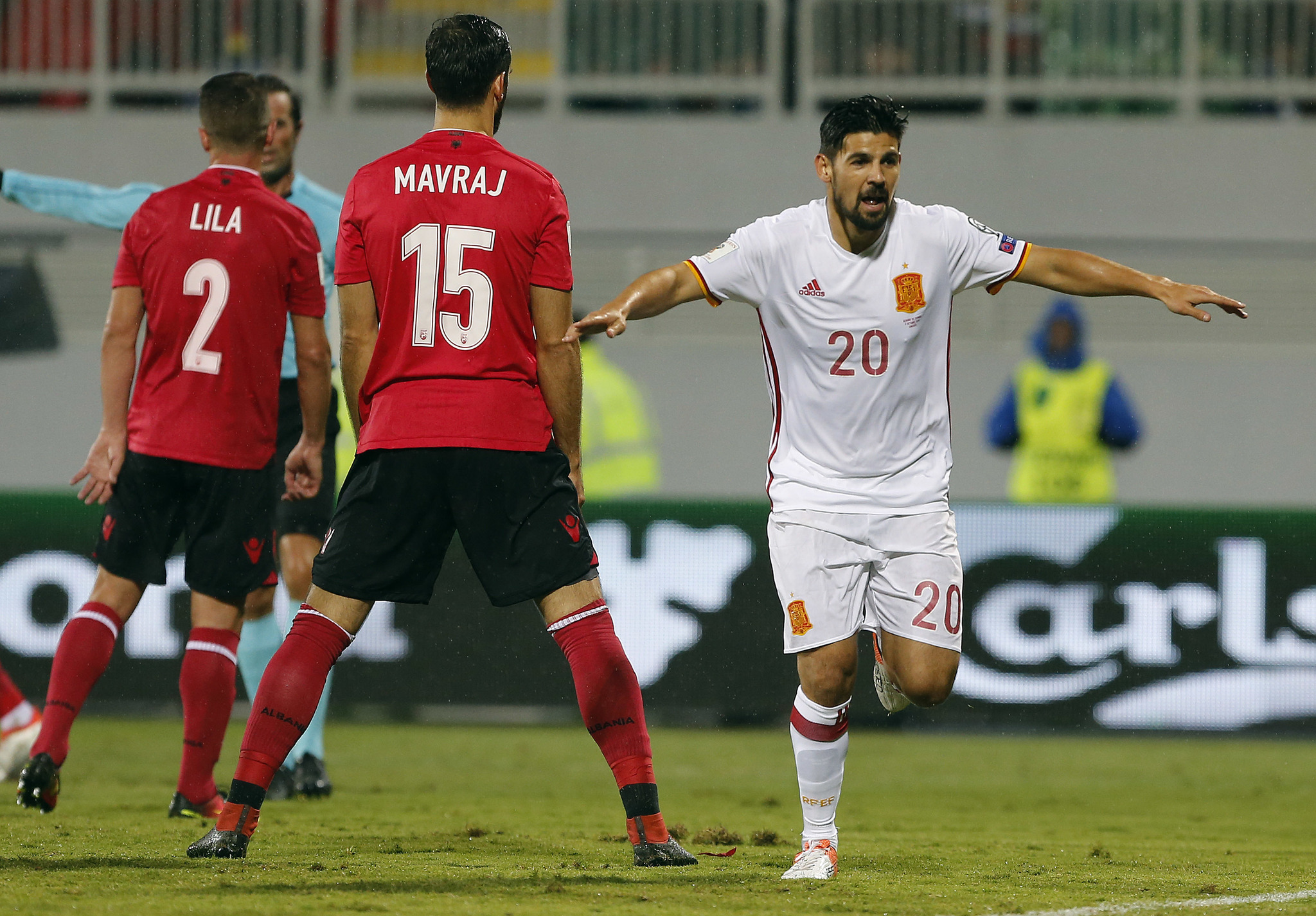 Real Betis hope to pull off plex Nolito deal