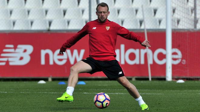 Michael Krohn-Dehli, en un entrenamiento reciente del Sevilla.