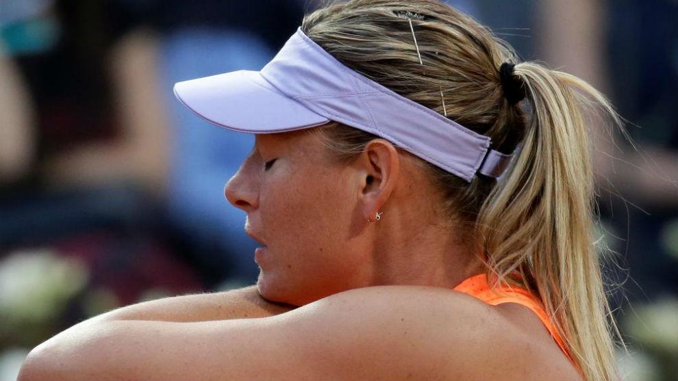 Sharapova se muestra contrariada