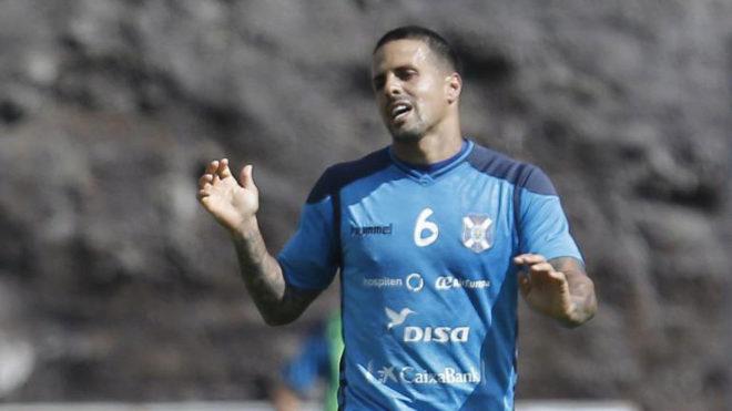 Vitolo, durante un entrenamiento del Tenerife