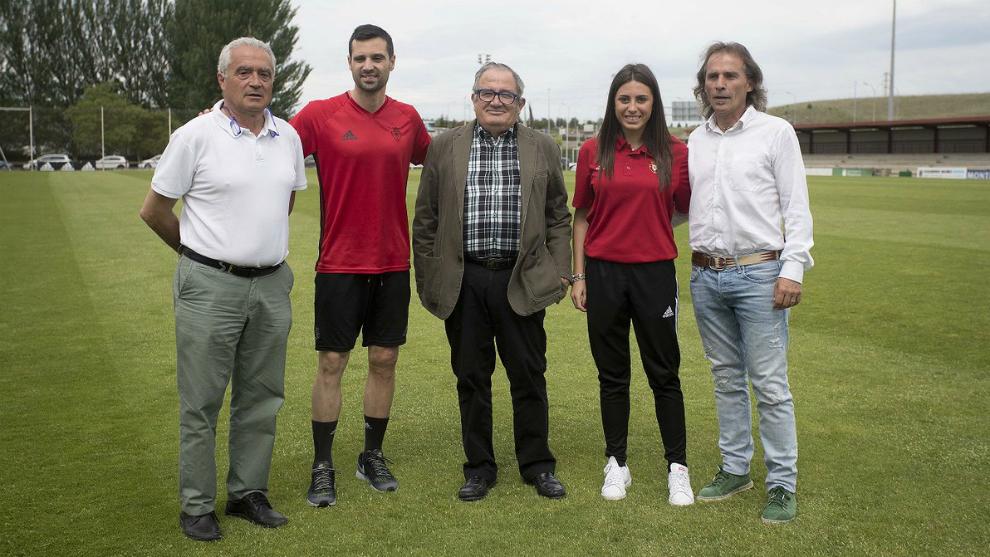 La Fundación Osasuna Femenino presenta su proyecto deportivo para la...