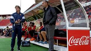 Alfonso Pérez, junto a Pepe Gálvez, cuando debutaron con el primer...
