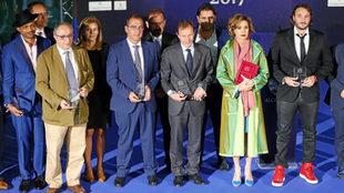 Los premiasods de la I Gala ALCI Awards: en el centro, Juan Ignacio...
