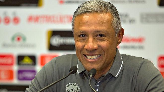 Roberto Hernández fue ratificado como técnico de Morelia.