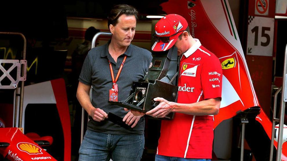 Joshua Paul, junto a Kimi Raikkonen