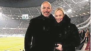 Howard Webb y su novia, Bibiana Steihaus.