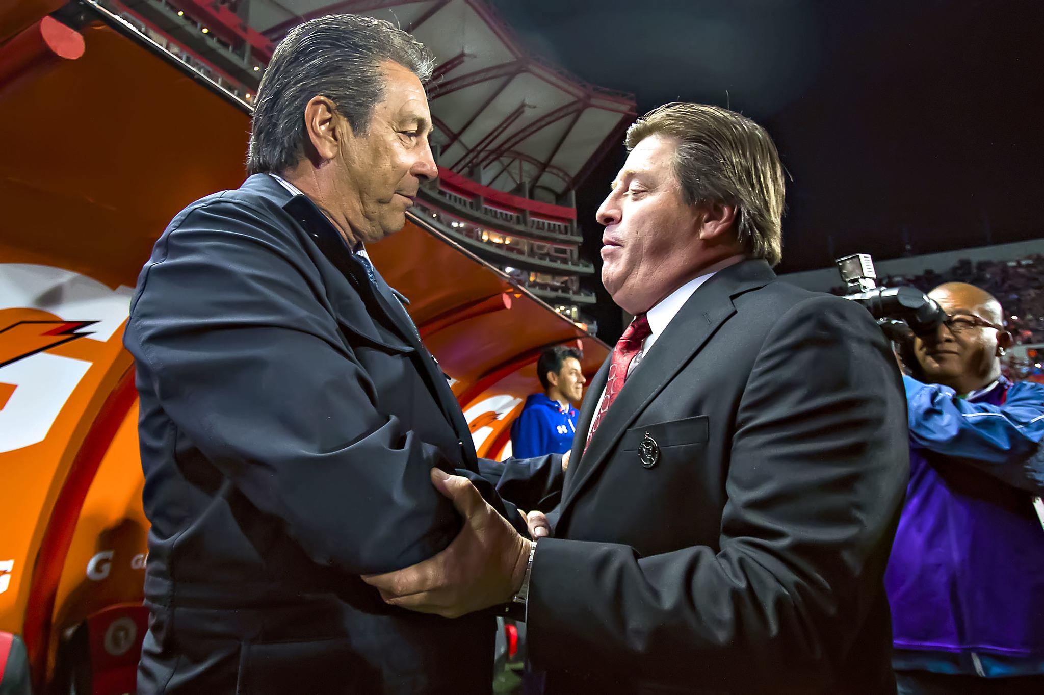 Tomás Boy y Miguel Herrera.