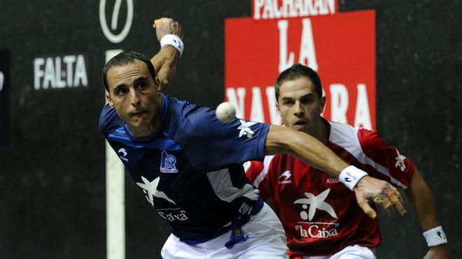 Martínez de Irujo, en la final manomanista de 2012 contra Olaizola.