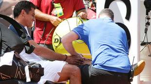 Almagro es atendido de la rodilla en Roma