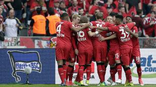 Así celebraron los jugadores del Bayer el primer gol.