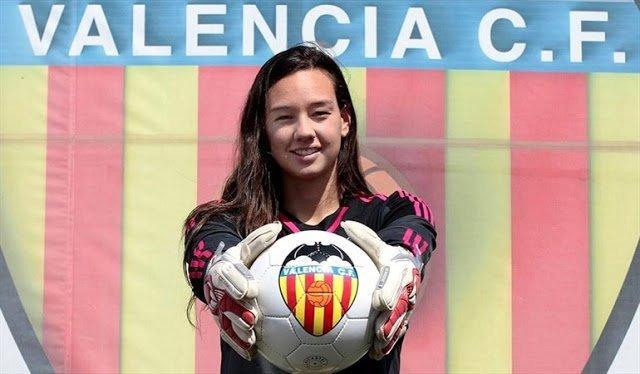 Tiane Endler, jugadora del Valencia.