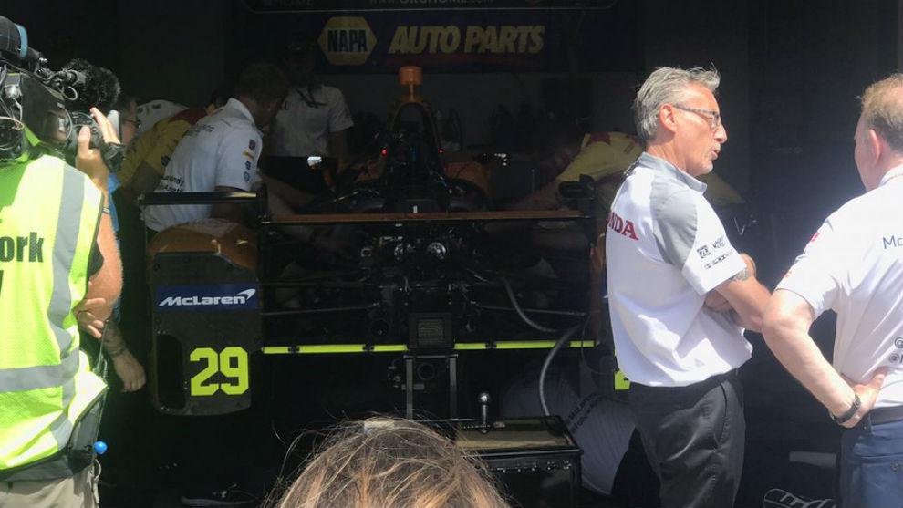 El box de Alonso en la IndyCar