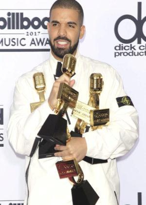 Drake, el triunfador de la noche
