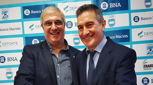 Mario Moccia y Manolo Cadenas durante la presentación como nuevo...